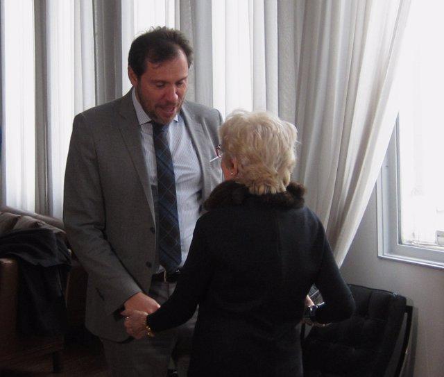 Concha Velasco y el alcalde de Valladolid, Óscar Puente. 14-3-2018
