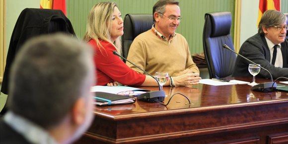4. Gómez niega saturación en las urgencias de hospitales de Baleares
