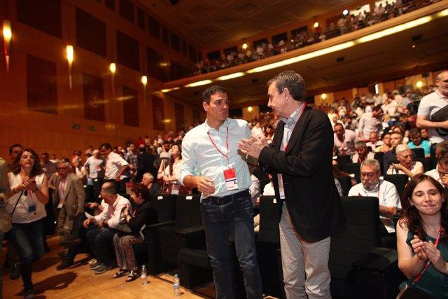 Pedro Sánchez y Zapatero durante el Congreso del PSOE