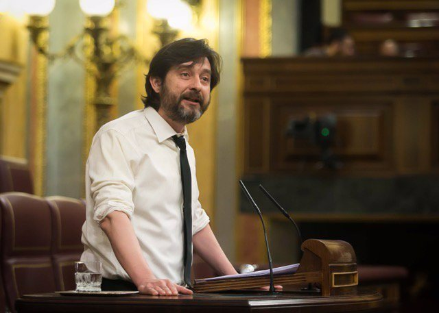 El diputado de Unidos Podemos Rafa Mayoral, en el Pleno del Congreso