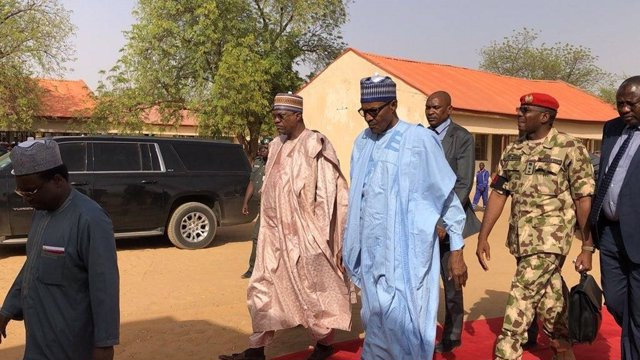 Presidente de Nigeria, Muhammadu Buhari, visita Yobe tras el secuestro en Dapchi