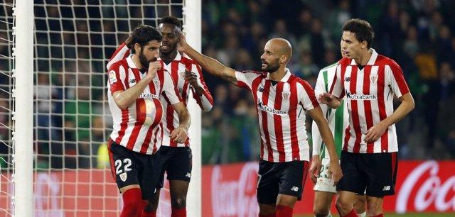 El Athletic alarga su buena racha y vuelve a llenar de dudas al Betis