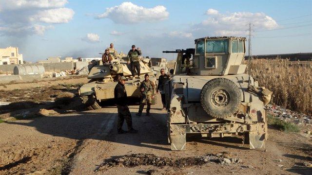 Fuerzas de seguridad iraquíes cerca de Ramadi