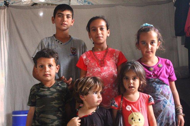 Niños Sirios Refugiados En El Campamento De Azraq (Jordania)