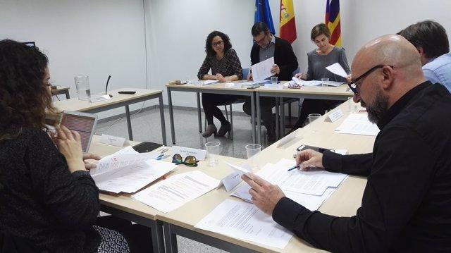 Cladera presenta en la EBAP la convocatoria de formación para entidades locales