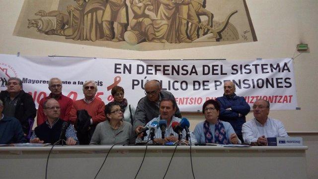 Rueda de prensa de colectivos de pensionistas navarros