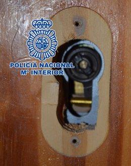 """Nota De Prensa """"La Policía Nacional Detiene A Dos De Los Integrantes De Un Grupo"""