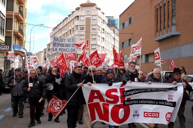 Concentración de pensionistas en Soria.