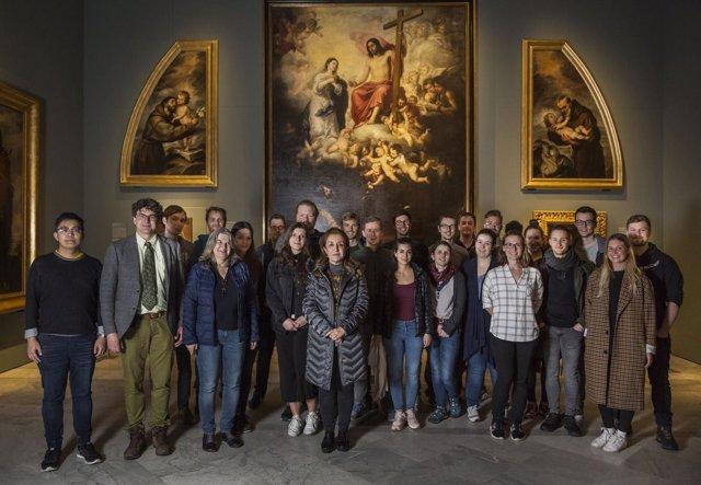 Visita de estudiantes internacionales por el Año Murillo