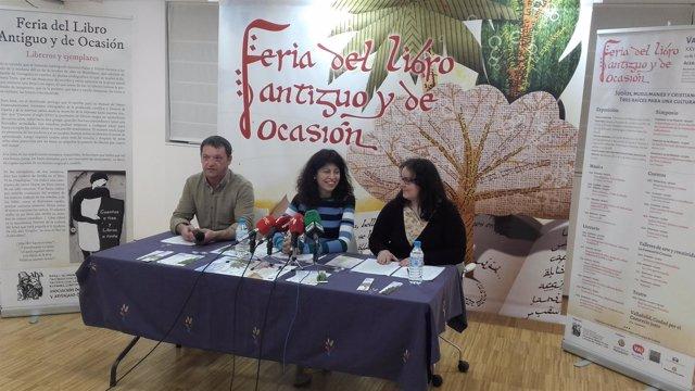Ana Redondo (centro) y Cristina Tejera (dcha) presentan la feria 15-3-18