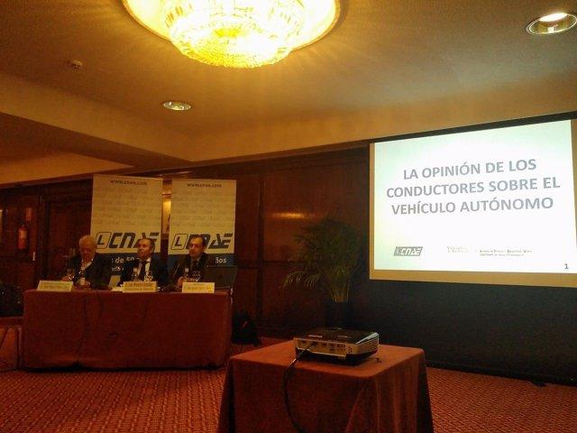Presentación informe 'Vehículo autónomo: opinión de os conductores españoles'