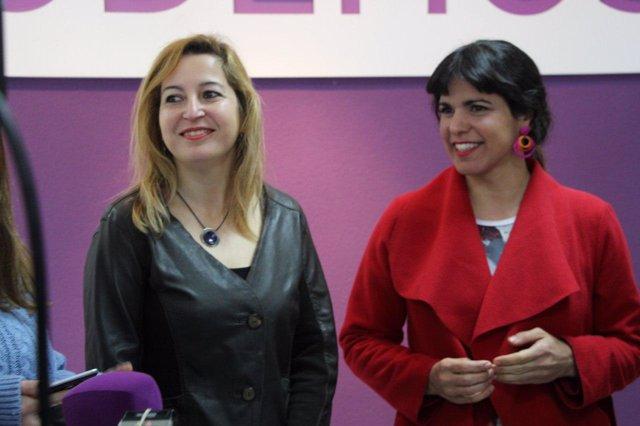 Las parlamentarias de Podemos Andalucía Carmen Lizárraga y Teresa Rodríguez