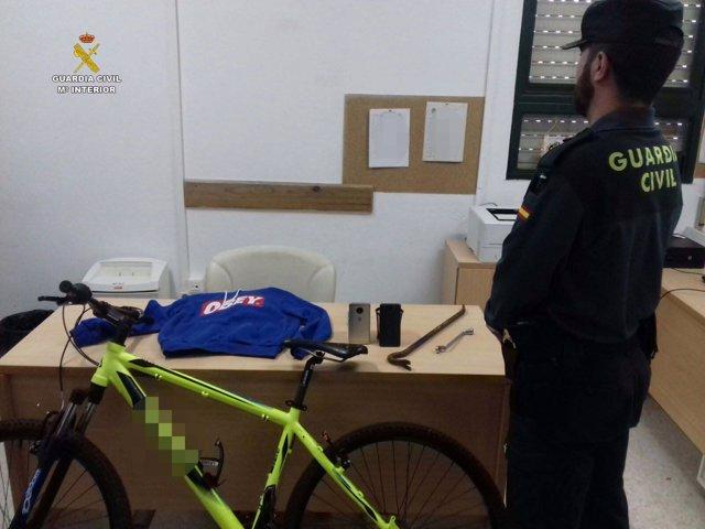 Material recuperado de robos en Cartaya.