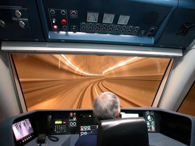 Cabina de un conductor de Metro de Madrid
