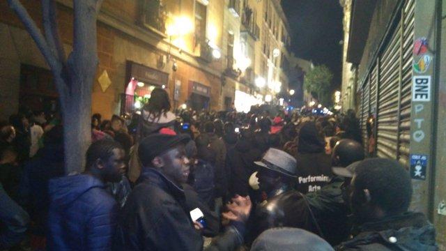 Protesta por la muerte de un mantero en Lavapiés