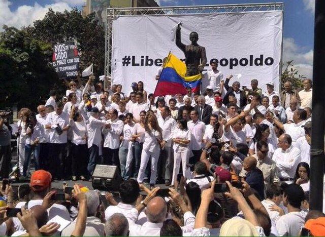 Concentración por Leopoldo López en Venezuela