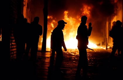 Fotos y vídeos de los disturbios en Lavapiés (Madrid) tras la muerte de un mantero
