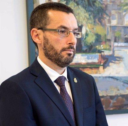 El alcalde de La Línea espera que Susana Díaz y Zoido definan un plan integral para el municipio