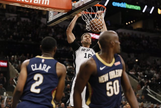 Pau Gasol en el New Orleans Pelicans - San Antonio Spurs