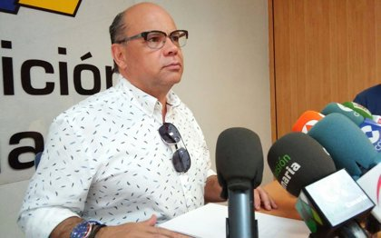 Barragán afirma que el Gobierno de Canarias no renuncia al gas como vía de tránsito hacia las renovables