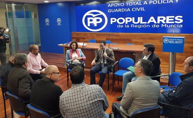Prensa Pp Regional (Np) Teodoro García E Isabel Borrego Sobre Equiparación Salar