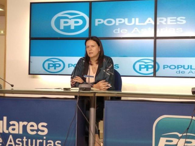 Susana López Ares en rueda de prensa en la sede del PP.