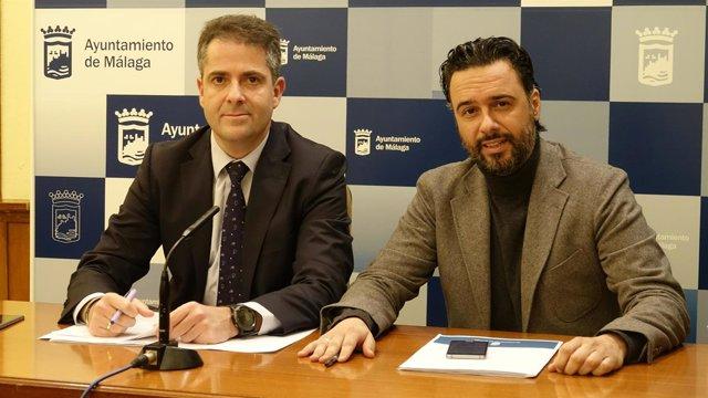 Portavoz PP Ayto Málaga Carlos Conde y edil Sostenibilidad Raúl Jiménez