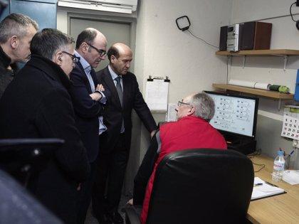 Manu Ayerdi visita la nueva calefacción eficiente de la Cooperativa de Viviendas de San Jorge