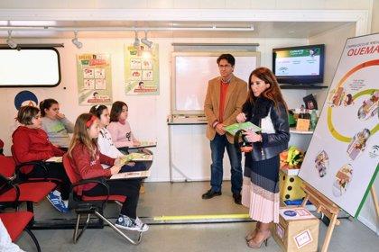 Casi un centenar de escolares de La Línea en la campaña 'Aprende a crecer con seguridad'