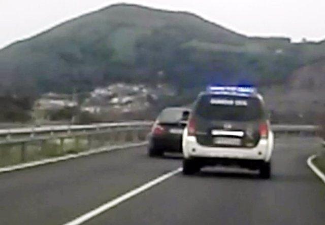 Rdo. Nota De Prensa Guardia Civil (Auxiliado Un Conductor Evitando Un Accidente)