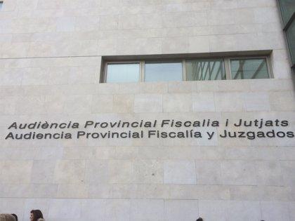 Un hombre acepta un año de cárcel por arrollar a dos jóvenes cuando conducía ebrio y a gran velocidad en Fallas de 2016