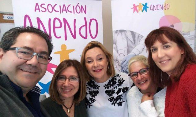 Mariví Romero PP con asociación Anendo de espectro autista asistencia adaptada