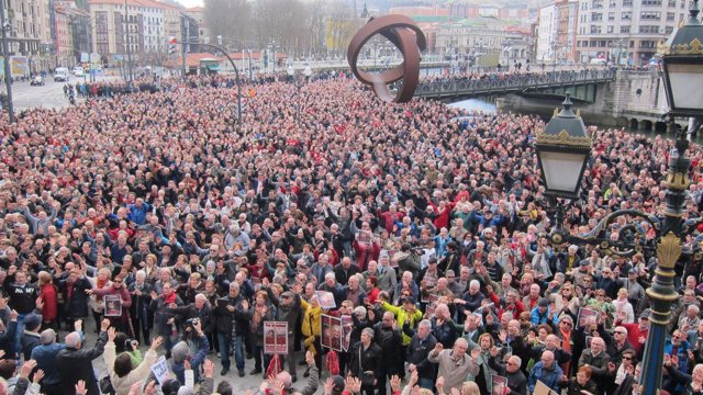 Foto de archivo de concentración de pensionistas en Bilbao