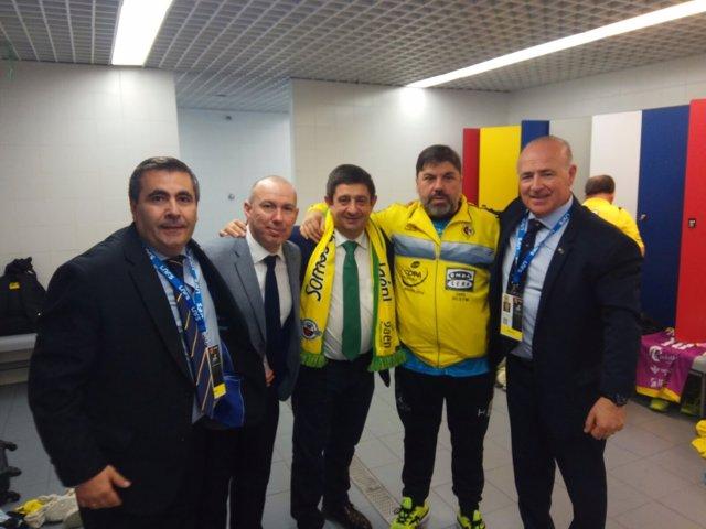 Francisco Reyes asiste al partido de cuartos de final de Copa España Fútbol Sala