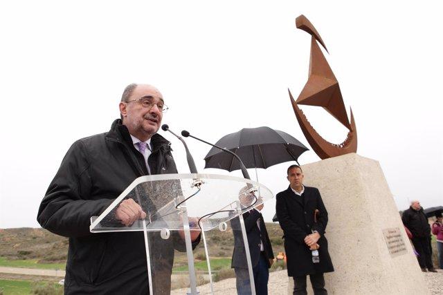 El presidente de Aragón, Javier Lambán, en Caspe (Zaragoza).