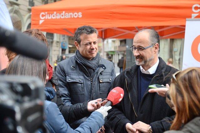 Palencia.- Fuentes atiende a los medios de comunicación hoy en Palencia