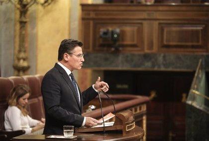 Ciudadanos pregunta al Gobierno por actuaciones previstas para mejorar el servicio del aeropuerto de Granada