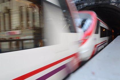 Los trenes de Cercanías ya vuelven a realizar parada en la estación de Sol