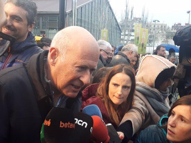 El diputado de JxCat Lluís Font en la manifestación de Somescola