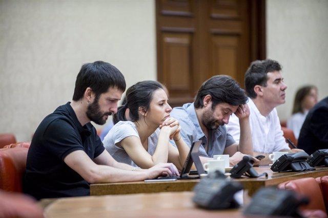 Juanma del Olmo, Irene Montero, Rafael Mayoral, dirigentes de Podemos