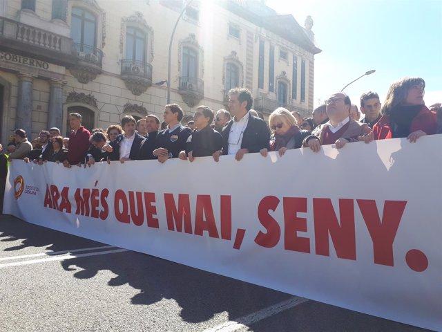 Cabecera de la manifestación de SCC en Barcelona
