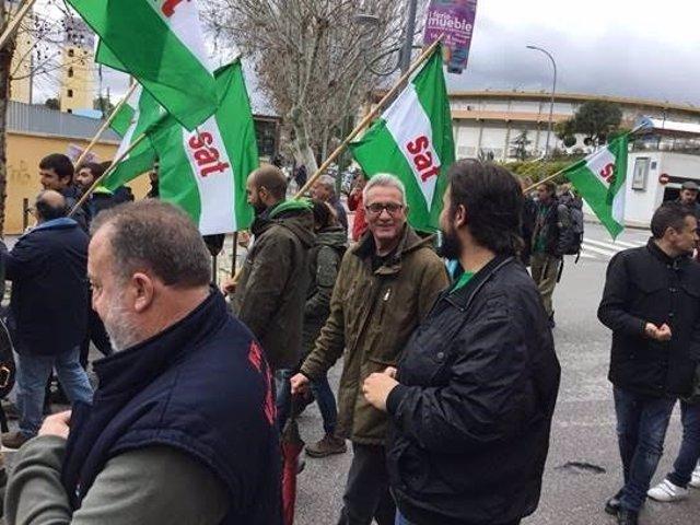 Cañamero participa en la marcha del SAT contra el desalojo judicial
