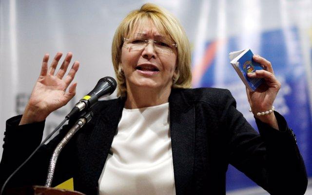 La exfiscal Luisa Ortega acusa a Maduro de crímenes de lesa humanidad