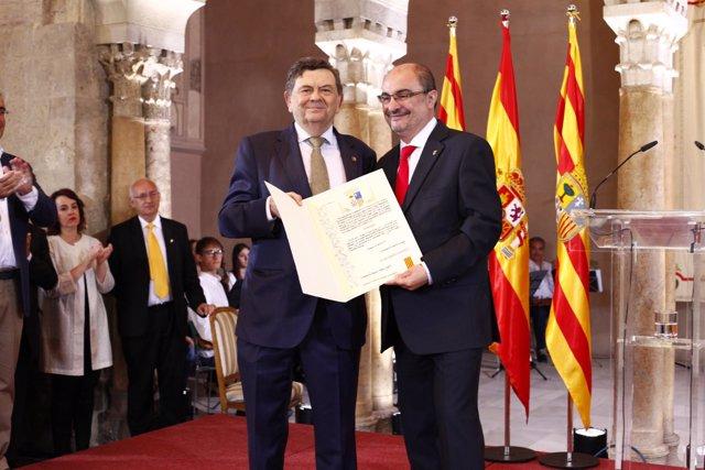 El exrector de la Universidad de Zaragoza recibió en 2017 el premio Aragón.