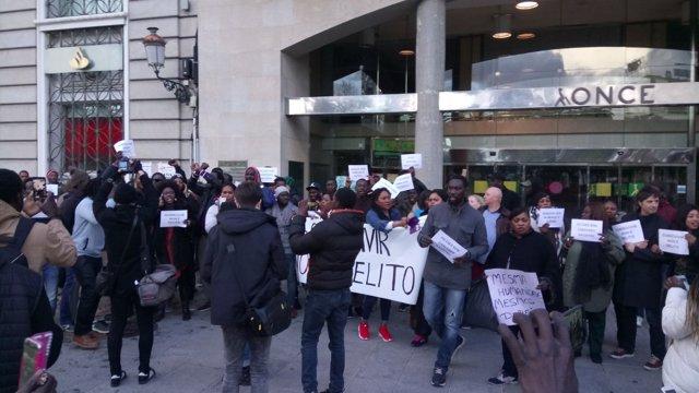 Concentración en A Coruña tras fallecimiento joven senegalés en Madrid