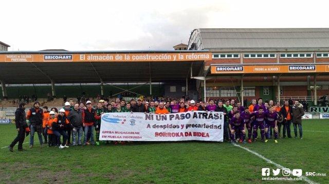 Trabajadores de Productos Tubulares en partido de fútbol