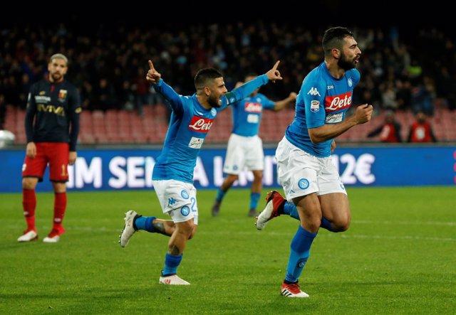 Albiol salva al Nápoles