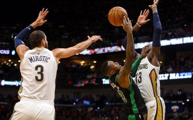 Los Pelicans ganan con 'doble-doble' de Mirotic y Westbrook liquida a Toronto