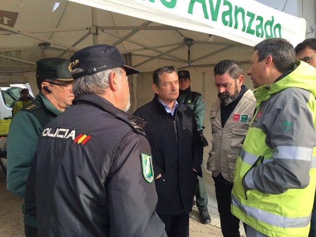 Antonio Sanz, en el dispositivo de búsqueda del guardia civil en Guillena