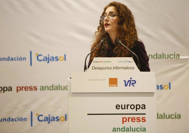 La consejera de Hacienda, María Jesús Montero, en los desayunos de Europa Press